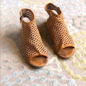 Musse & Cloud peep-toe suede zip sandals